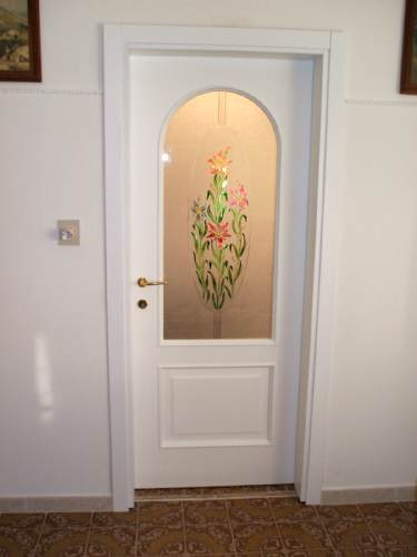 Falegnameria rosignoli ferrara jolanda di savoia for Porta interna bianca con vetro
